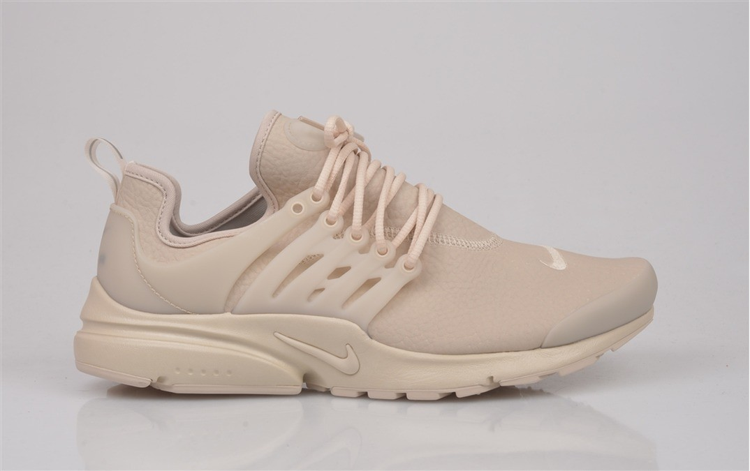 basket nike air presto beige