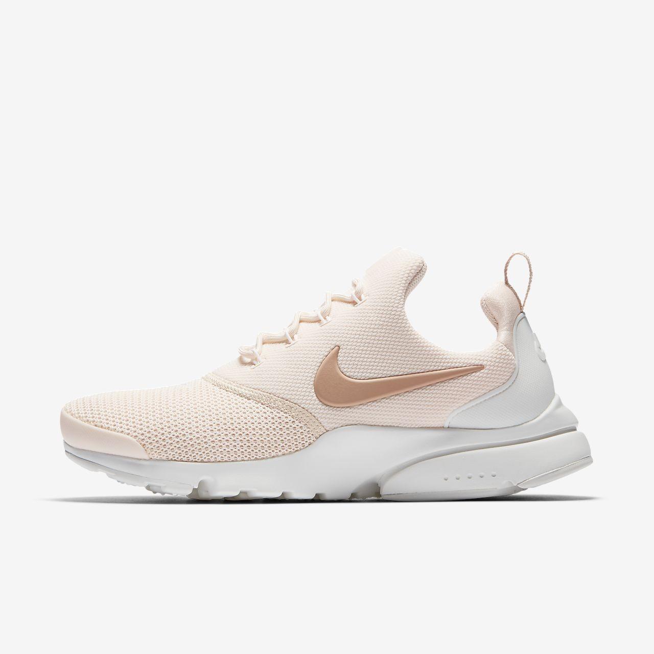 Nike Presto Fly beige